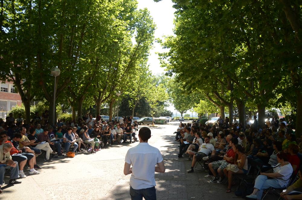 Podemos_shromáždění_Alejanro_Valdezate2.jpg_1000px