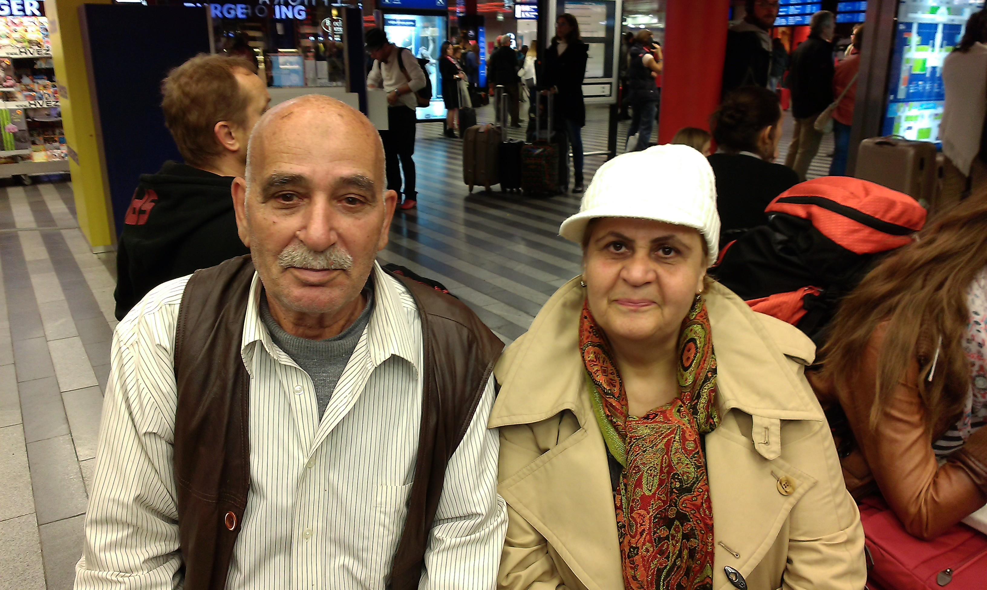 2_Syrští manželé na Hlavním nádraží